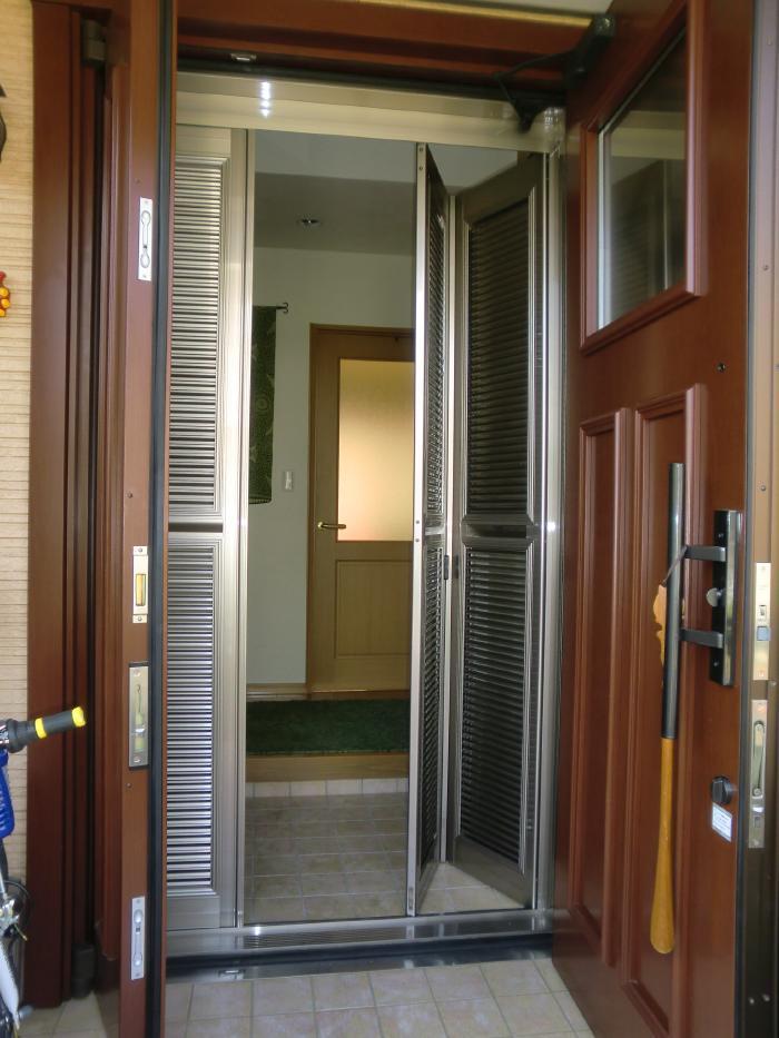 A様邸 ルーバー式高級網戸『ナイスウィンズドア』